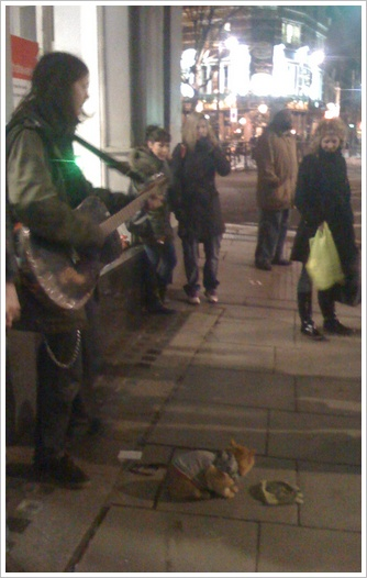 credit-crunch-cat-leicester-square-john