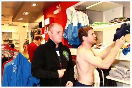 Lion rugby stars Martyn Williams (left) and Gordon D'Arcy shop at PUMA store low res
