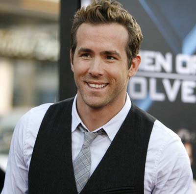 Ryan Reynolds 2011 on Ryan Reynolds At U2 Concert      2oceansvibe Exclusive    2oceansvibe