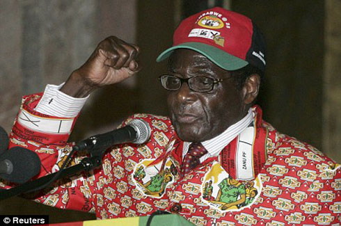 "Robert Mugabe ""Fighting For His Life"" In Singapore Hospital ..."