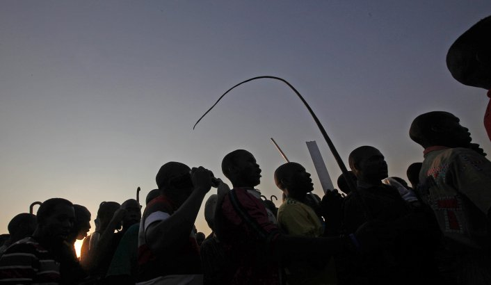 2012-09-05-cfakepathsipho-on-lonmin-and-marikana-stay-away-jd-edit-706-410