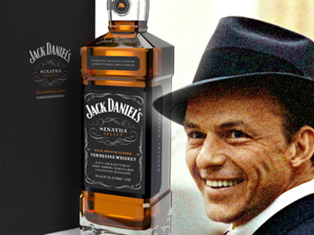 Jack-Daniels-Special-Tribute-Bottle-for-Frank-Sinatra-3