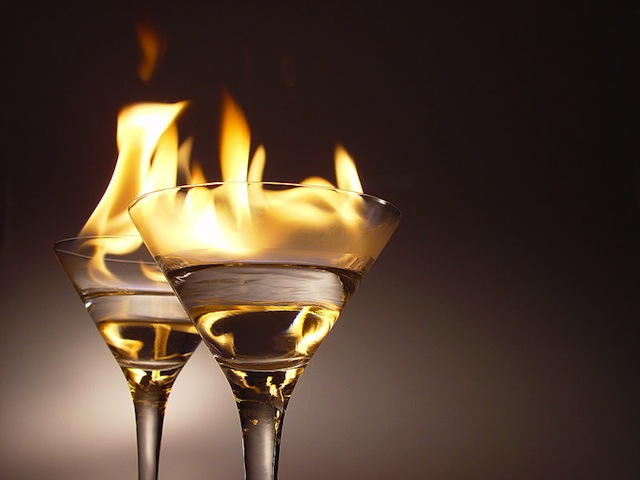 flaming_cocktails