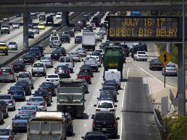 """Carmageddon"" Looms For Los Angeles During 405 Freeway Closure"