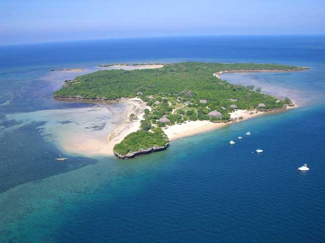 World-Beautiful-Islands-Mozambique-Quilalea-Island-Resort-(1)
