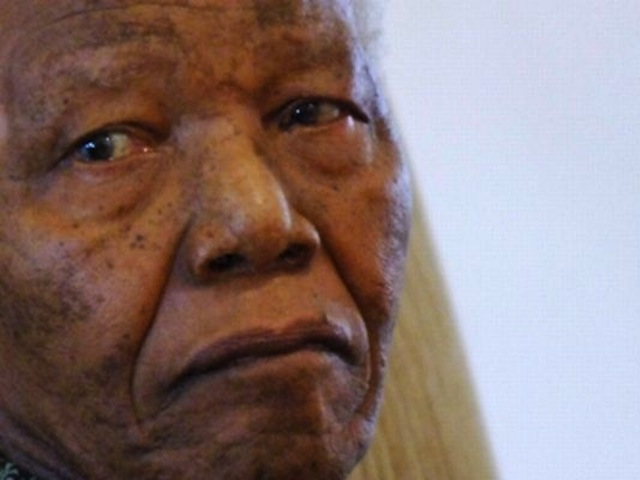 Nelson Mandela's Granddaughter Flames Madiba's Wife On Twitter, Then Deletes Her Account [PICS]