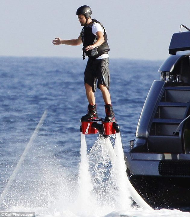Check Out Leonardo Dicaprio Using A Water Jet Pack Pics