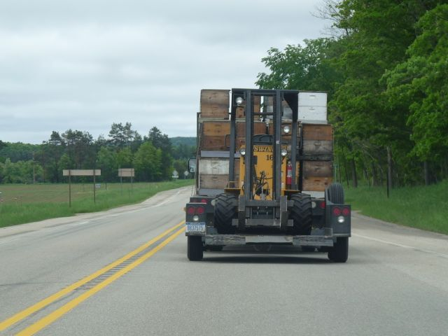 Langstroth_hive_hauling_060213-2
