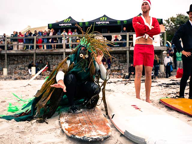 sKommetjie-Festival-2012---Duncan-Bailey-aka-Kelpman,-Best-Dressed-Surfer-@-the-Surf-Showdown.jpg