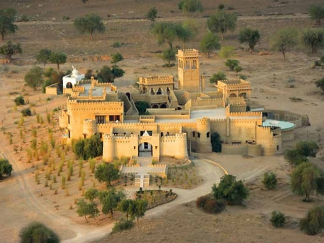 the-mihir-garh-is-located-near-jodhpur-in-northwestern-india
