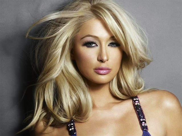 Paris-hilton-hot-pose1