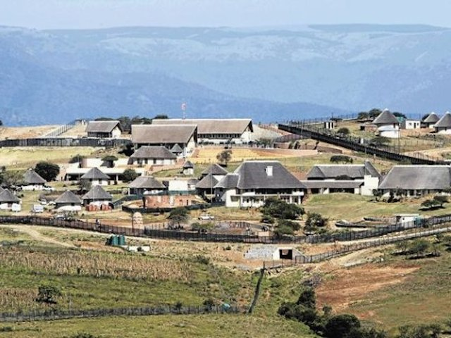 Zuma-nkandla-homestead