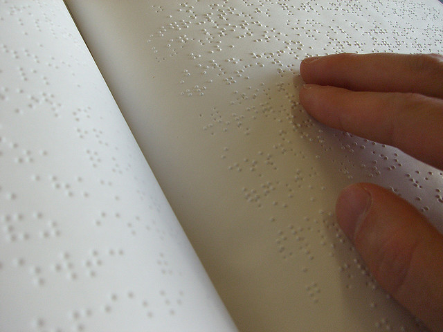 braille-book