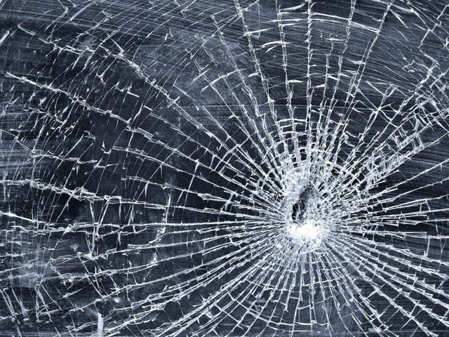 cracked glass 1