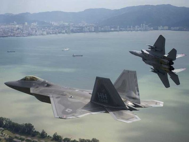 f-22-and-f-15
