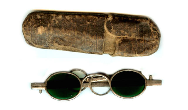 when-were-sunglasses-invented-and-other-10-interesting-facts-18-century