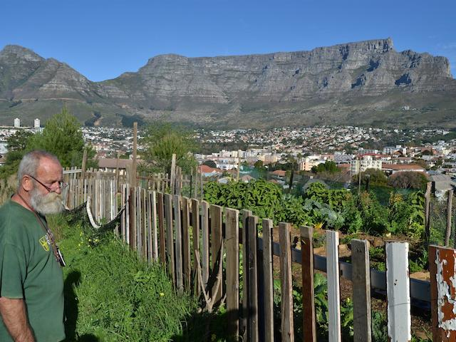 3-Andre-the-veg-garden-the-city-and-Table-Mountain-Custom