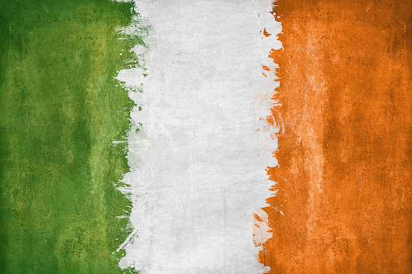 6861018-irish-flag-wallpaper
