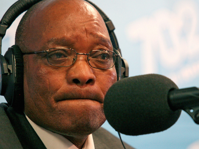 Former South African Deputy-President Jacob Zuma speaks at news conference in Johannesburg May 9, 2006. Zuma apologised on Tuesday for having unprotected sex with an HIV-positive woman and said he was resuming his duties at the ruling ANC party after his acquittal on rape charges.  REUTERS/Siphiwe Sibeko