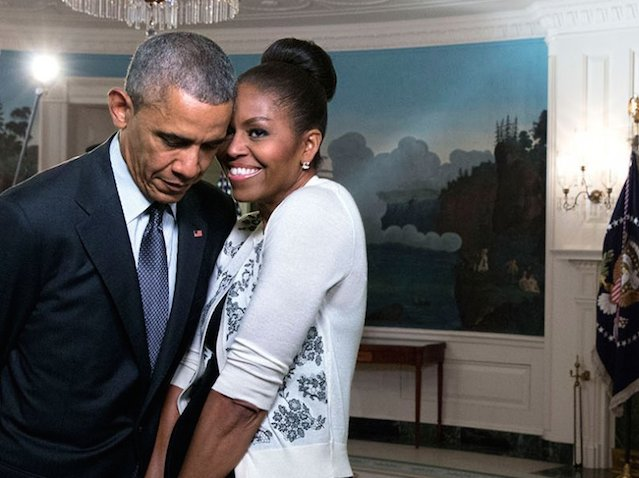 31-romantic-photos-of-michelle-and-barack-obama