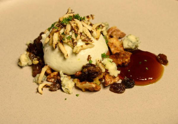 annemaries-dessert-blue-cheese-mousse-with-spiced-walnuts-sherry-jelly-puffed-wild-rice-and-chives-600x421