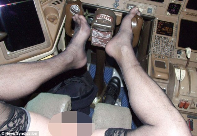 39e993c000000578-3890224-pictures_emerged_of_a_man_s_legs_wearing_only_a_pair_of_women_s_-a-63_1477930628200