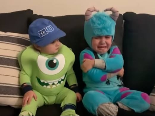 Jimmy Kimmel Halloween Candy Prank 2021.For The Parents Jimmy Kimmel S Halloween Candy Prank Strikes Again Video 2oceansvibe News South African And International News