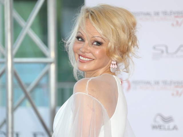 Pamela-Anderson-Wedding