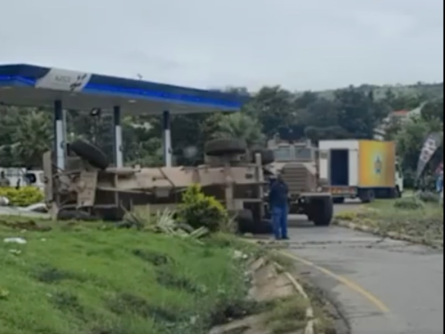 SANDF-crash-petrol-station