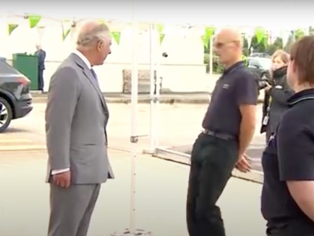 Man Faints While Talking To Prince Charles, Royal Moves On Swiftly... - 2oceansvibe News