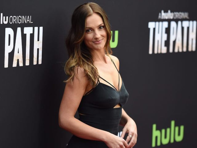'Daily Show' host Trevor Noah reportedly dating 'Titans' star Minka Kelly